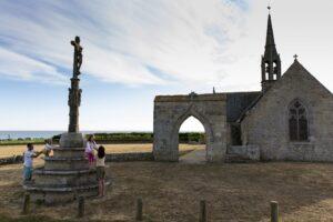 chapelle-et-le-calvaire-de-Notre-Dame-de-Penhors